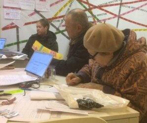 В самарском штабе Ксении Собчак похвалились сторонниками-пенсионерами и призвали бороться против восьми видов зла