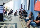 Потерявшие работу тольяттинцы неделями ждут получения статуса безработных