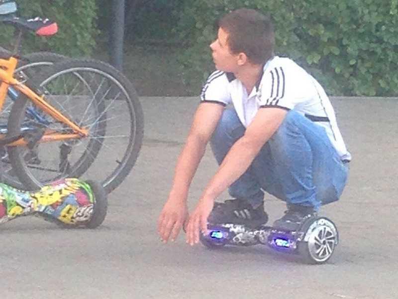 МНЕНИЕ: Тольяттинские велосипедисты-скутеристы-самокатчики начали усиленно раздражать обычных пешеходов