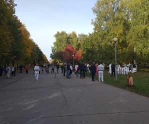 На фоне угрожающей статистики по коронавирусу в Тольятти провели массовые народные гуляния