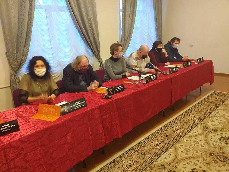 """В Тольятти открылся """"антиковидный"""" фестиваль """"Театральный круг"""""""