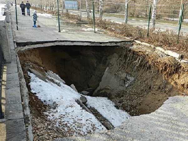 Дмитрий Азаров пообещал запустить реконструкцию набережной Автозаводского района в 2021 году