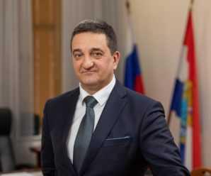 Дмитрий Азаров призвал нового министра спорта Самарской области к работе над поставленными Владимиром Путиным задачами