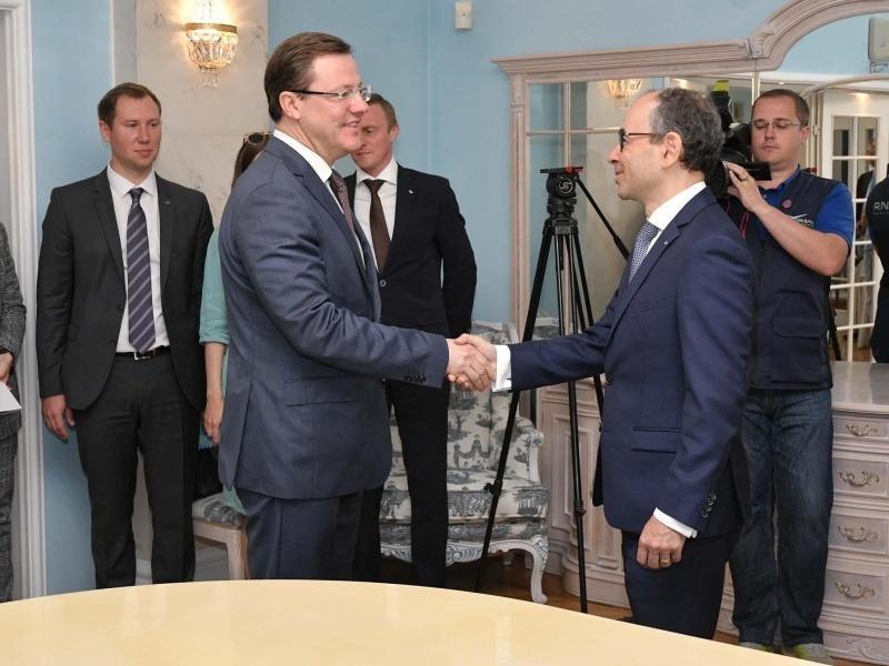 Новый французский президент АВТОВАЗа представился губернатору