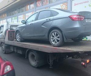 Отдельные автомобили Lada Vesta разваливаются в первый год эксплуатации