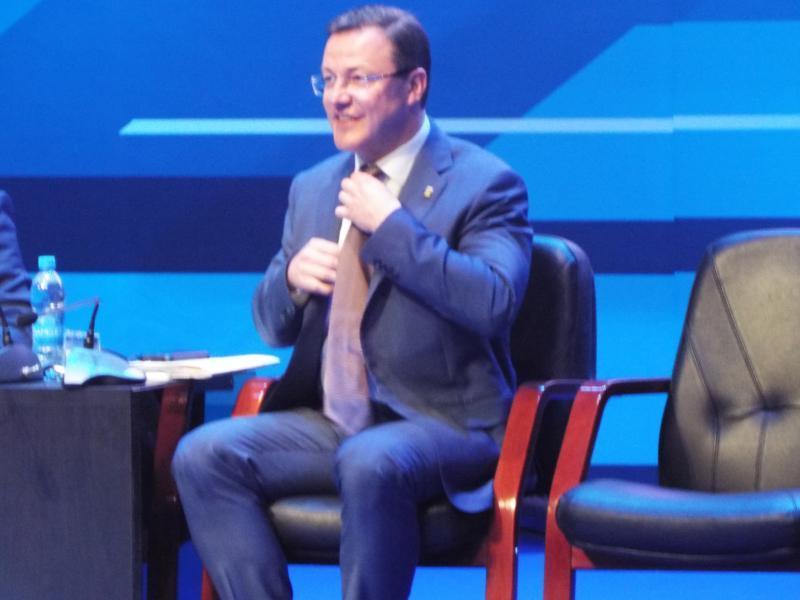 Дмитрий Азаров пообещал тольяттинцам 20 тысяч рабочих мест в хай-теке