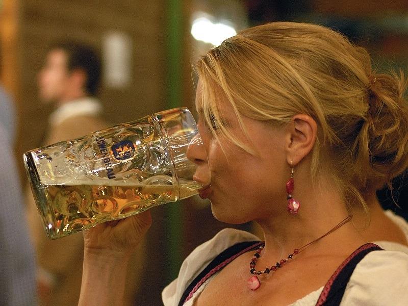 Главный венеролог Тольятти: горожане меняют секс на пиво