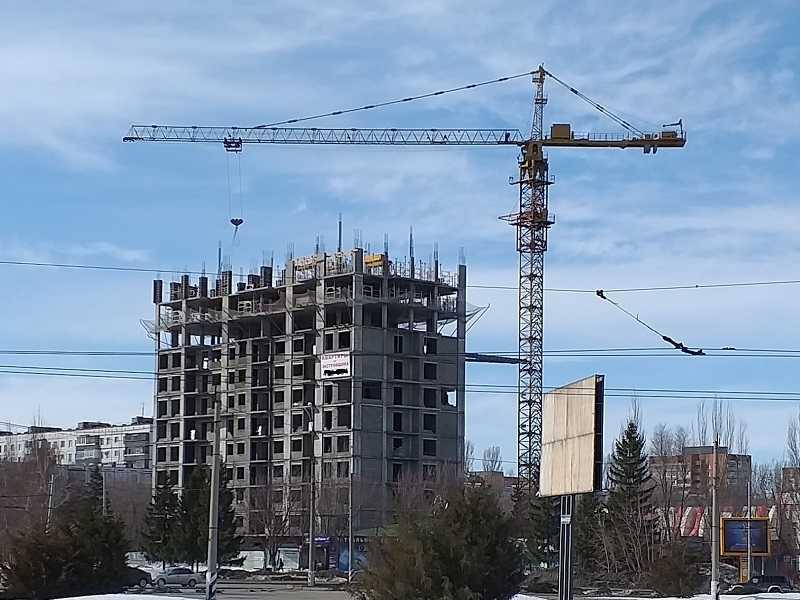Дмитрий Азаров надеется на 30% прирост строительства жилья в ближайшие пять лет