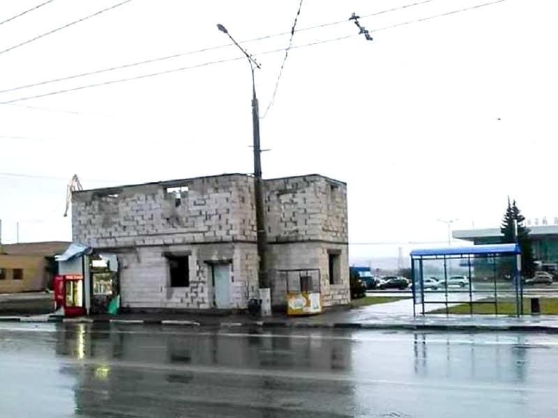 """Анташев призвал как-нибудь """"докопаться"""" до """"халабуд"""" у Речного вокзала"""