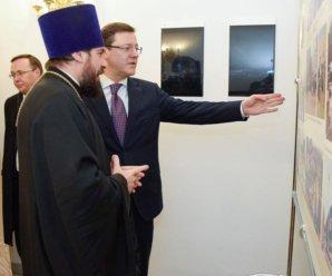 Дмитрий Азаров рассказал о важной роли РПЦ в рождественском поздравлении
