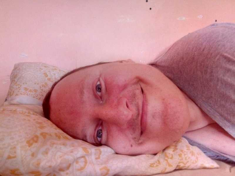 Знакомьтесь: Антон Чернышев. Человек, который в свои 43, невзирая ни на что, старается жить максимально полной жизнью.
