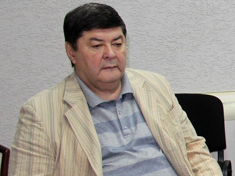 """Почетным гражданином Тольятти станет ветеран КГБ: хоккеиста """"прокатили"""""""