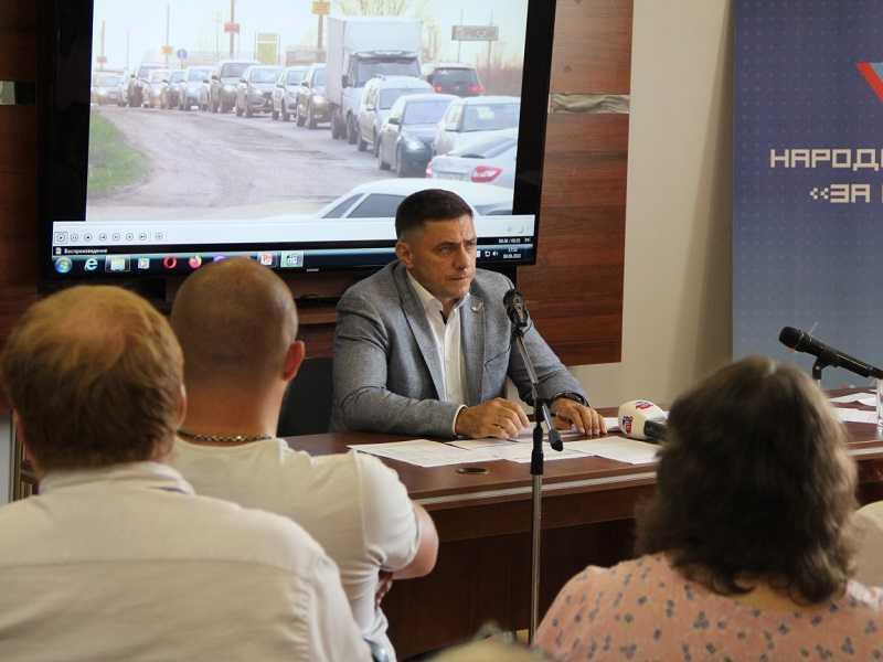 «Тыкать носом как нагадившую кошку»: сопредседатель самарского ОНФ рассказал о методах мотивации некомпетентных тольяттинских чиновников