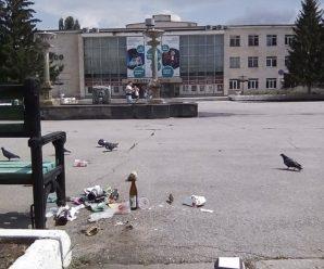 "Театр ""Колесо"": разгром и голуби (ФОТО)"