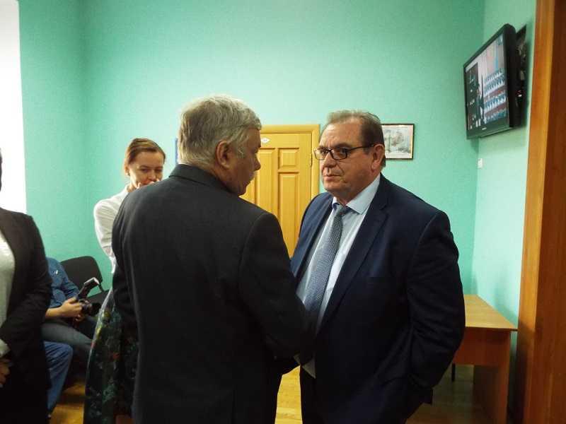 Фракции ЕР и КПРФ в гордуме Тольятти выступили единым фронтом против Сергея Анташева