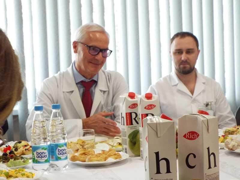 Николай Ренц предложил наказывать не желающих сохранять здоровье граждан рублем