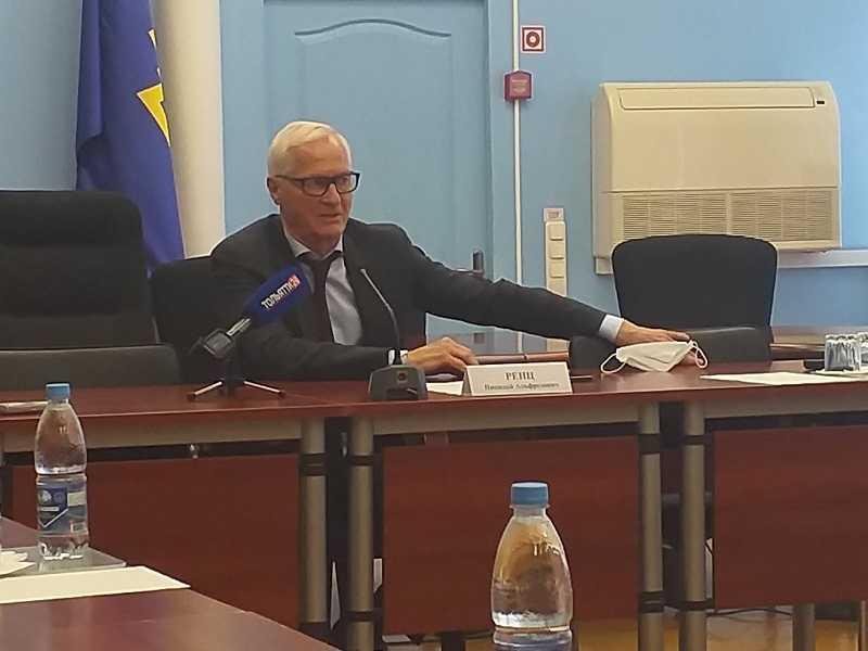 """""""Врачей посылают..."""" Николай Ренц призвал тольяттинцев к более активной вакцинации от коронавируса"""