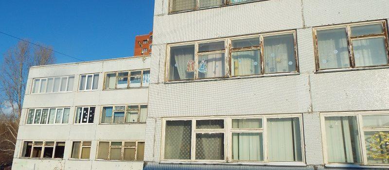 Госдума РФ готовится разрешить братьям и сестрам поступать в одну школу вне очереди